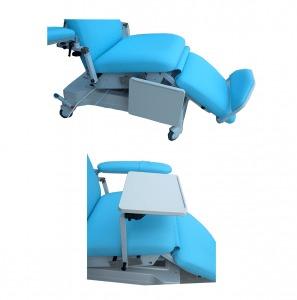 Ceci est l'option tablette rabattable pour notre fauteuil de dialyse Actual Way